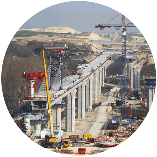 Photo of a viaduct being built for the South European Atlantic Tours-Bordeaux high-speed line
